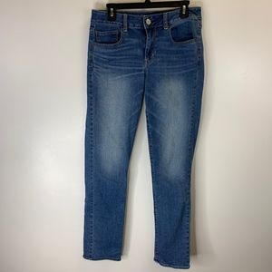 American Eagle Light Wash Straight Jeans Size 10